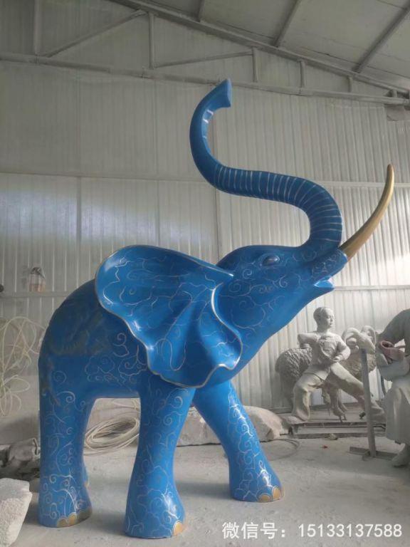 玻璃钢大象雕塑 深蓝色雕花大象动物雕塑6