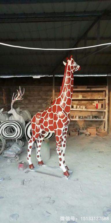 玻璃钢仿真长颈鹿雕塑3