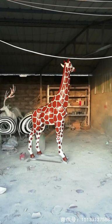 玻璃钢仿真长颈鹿雕塑2