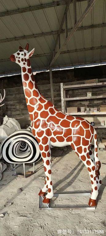 玻璃钢仿真长颈鹿雕塑4