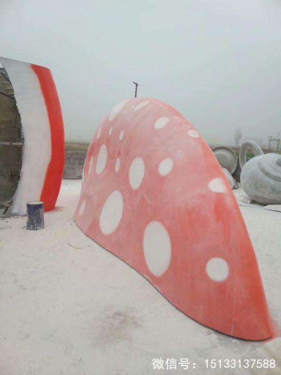 玻璃钢蘑菇顶雕塑 大型蘑菇顶可以做屋顶2